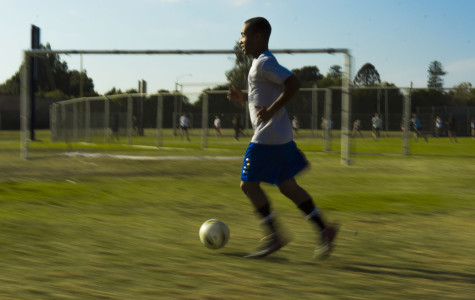 Quentin Francis, training hard, to make up for the deficit of players in soccer.