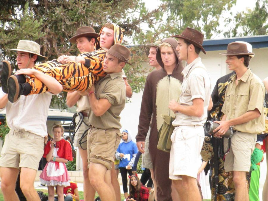 The+junior+class+group+of+%22Safari%22+or+%22Poachers%22+won+the+class+competition+during+the+Halloween+fashion+show+at+lunch.