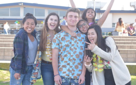 Seniors (from left to right) Caitlin Orozco, Mallorie Mehrali, Evan Grossman, Drew Reyes, Amy Raval, and Marissa Hiji at the luau. Photo by: Cecilia Bach-Nguyen