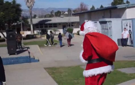 Santa Claus visits Cam High's quad.