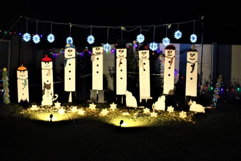 Snow men are chillin out.